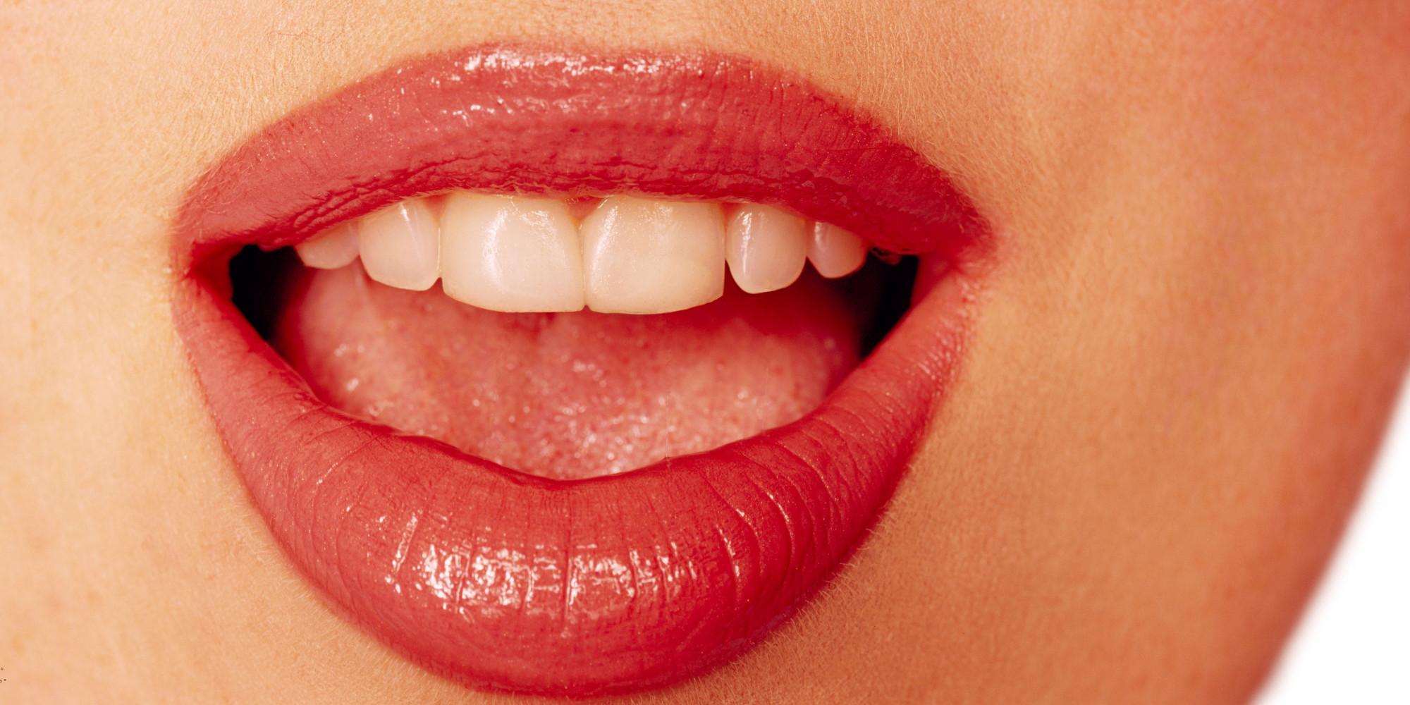 Картинка губы с зубами