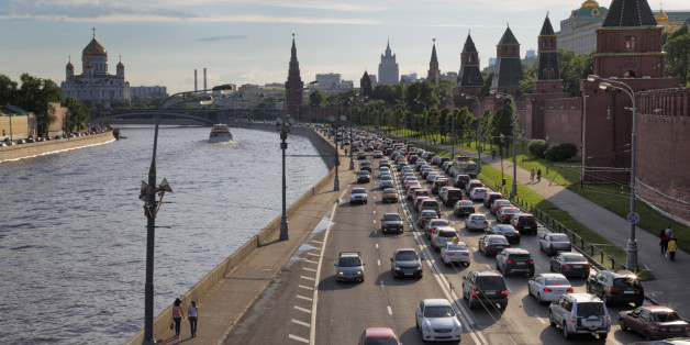 Citing Mental Illness, Russia Outlaws Driving for Transgender People, Amputees
