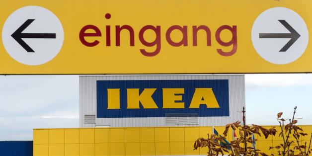 Kunden bei Ikea