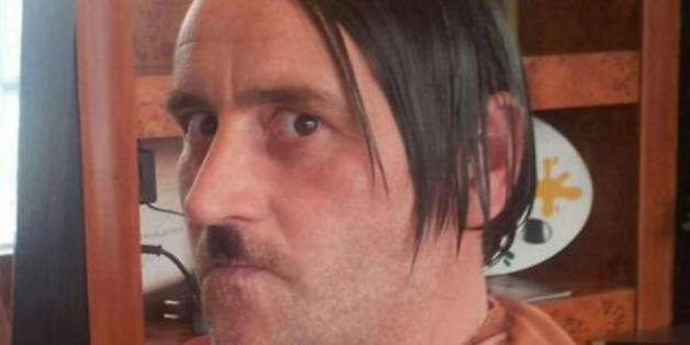 Pegida en Allemagne: le leader anti-islam Lutz Bachmann démissionne après sa photo polémique déguisé en Hitler