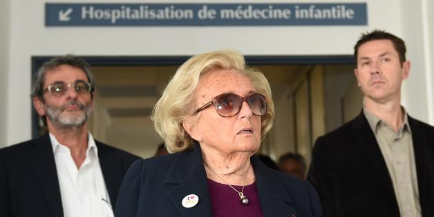 Bernadette Chirac en tournée promotionnelle de l'opération Pièces Jaunes, jeudi 22 janvier à Marseille