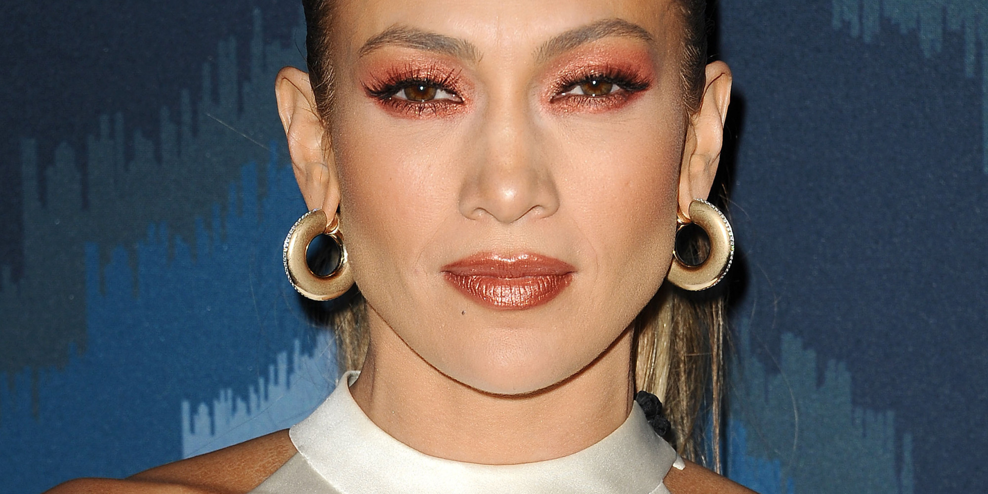 Jennifer Lopez S Eye Makeup Fails Put Her On This Week S