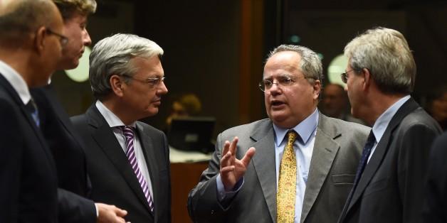Ο νέος υπουργός Εξωτερικών, Νίκος Κοτζιάς στην έκτακτη συνεδρίαση του Συμβουλίου των ΥΠΕΞ στις Βρυξέλλες