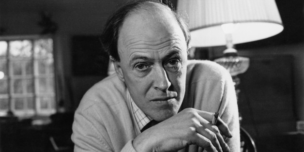British writer Roald Dahl (1916 - 1990), 11th December 1971. (Photo by Ronald Dumont/Daily Express/Hulton Archive/Getty Images)