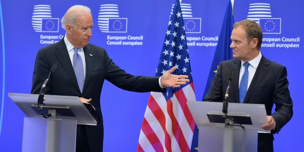 BRUSSELS, BELGIUM - FEBRUARY 6: European Council President Donald Tusk (R) and U.S. Vice President Joe Biden (L) give joint press release prior to their meeting in Brussels, Belgium on February 6, 2015. (Photo by Dursun Aydemir/Anadolu Agency/Getty Images)