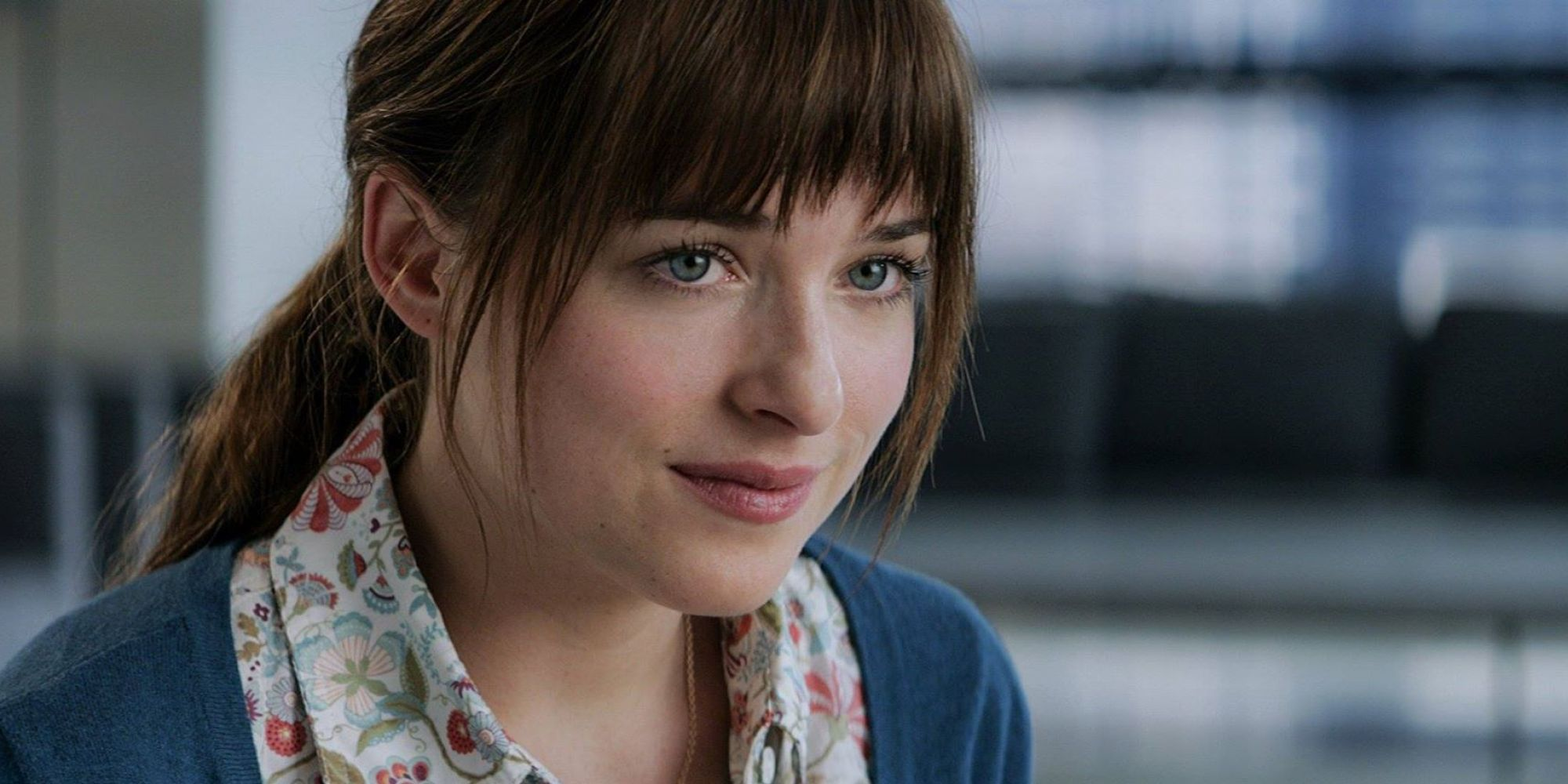Fifty shades of grey the movie transforms anastasia for Bett 50 shades of grey
