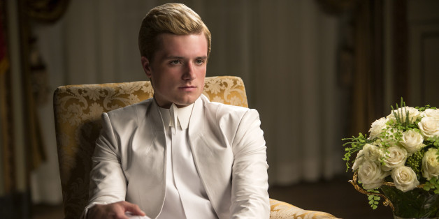 This Lost 'Mockingjay - Part 1' Scene Shows What Happened To Peeta In The Capitol