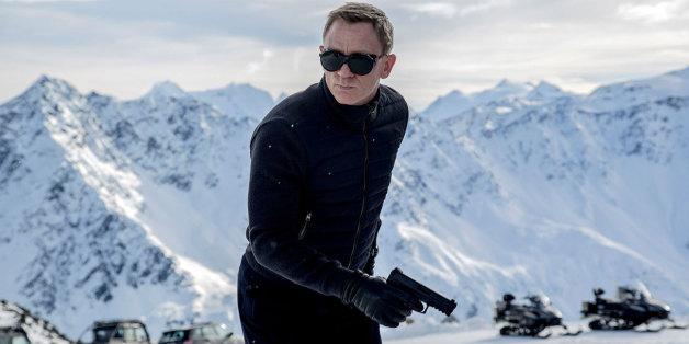 Des moines retardent le tournage du prochain James Bond