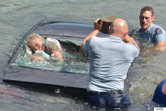 sinking car rescue