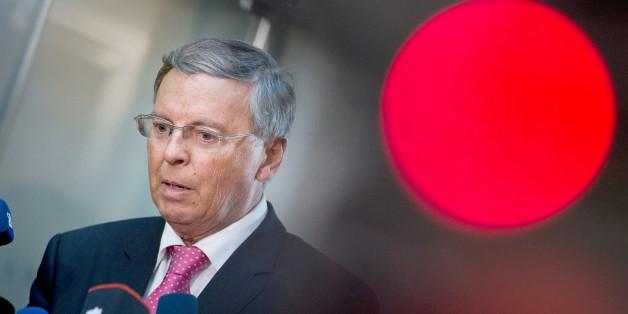 """CDU-Politiker Bosbach schlägt Alarm: """"Es besteht die Gefahr, dass wir den Überblick verlieren"""""""