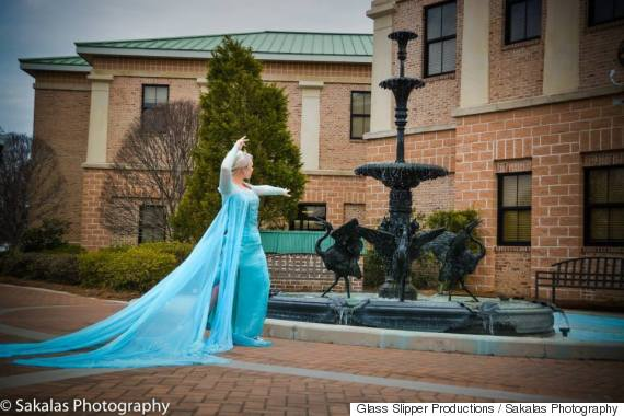elsa arrest fountain