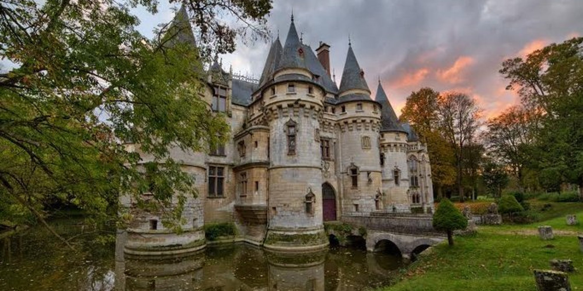 5 castles for sale you could buy right now huffpost for European mansions for sale