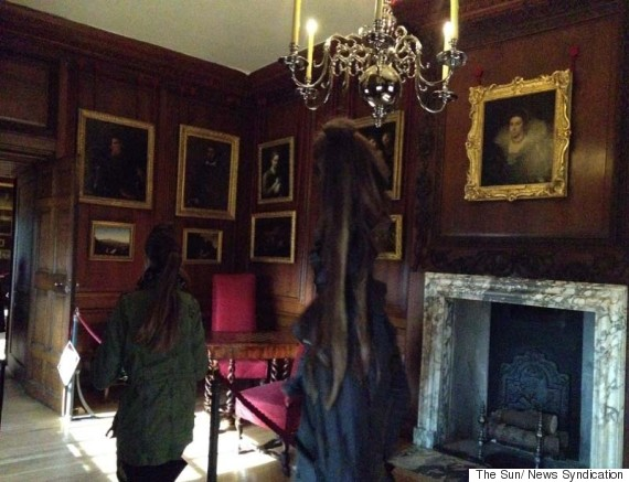 hampton court palace ghost