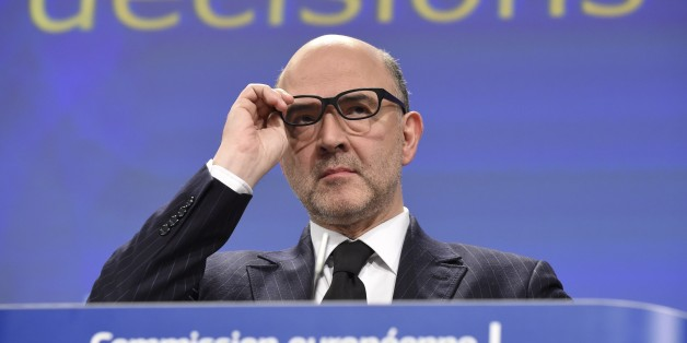 EU economic and financial affairs commissioner Pierre Moscovici gives a press conference on February 25, 2015 at the EU Parliament in Brussels. The EU on February 25 gave France a further two years until 2017 to bring its budget deficit back into line with Brussels rules, meaning the eurozone's second biggest economy avoids a fine for now. Paris must however present a reform plan to Brussels by April to show how it intends to get its finances back in order, added the European Commission, the executive body of the 28-nation EU.                     AFP PHOTO / JOHN THYS        (Photo credit should read JOHN THYS/AFP/Getty Images)