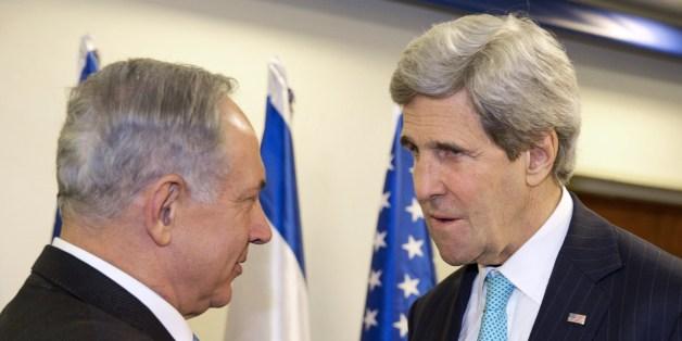 Στιγμιότυπο από παλαιότερη συνάντηση του Ισραηλινού πρωθυπουργού με τον Αμερικανό ΥΠΕΞ