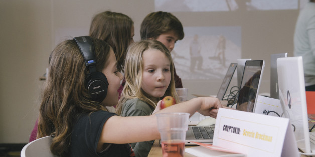 The first Cryptokids event at the Waag, learning kids about security, hacking computers, safety, encryption... in a fun way.