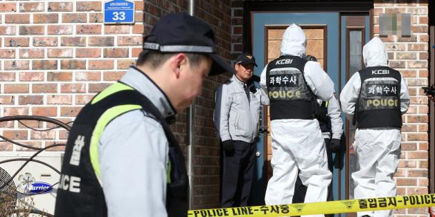 27일 오전 공기총 난사로 4명이 숨진 경기도 화성 사건 현장에서 경찰 관계자들이 조사를 벌이고 있다.