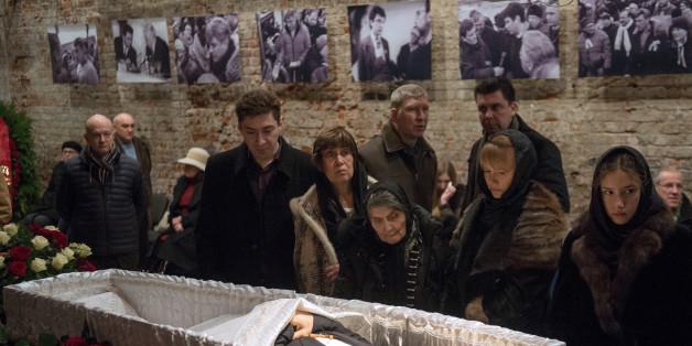 Boris Nemtsov enterré à Moscou, des personnalités européennes empêchées de se rendre aux obsèques