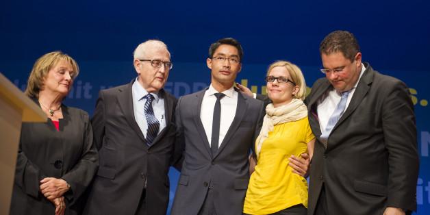 (v.l.) FDP-Politiker Sabine Leutheusser-Schnarrenberger, Rainer Brüderle, Philipp Rösler, Röslers Frau Wiebke, Patrick Döring