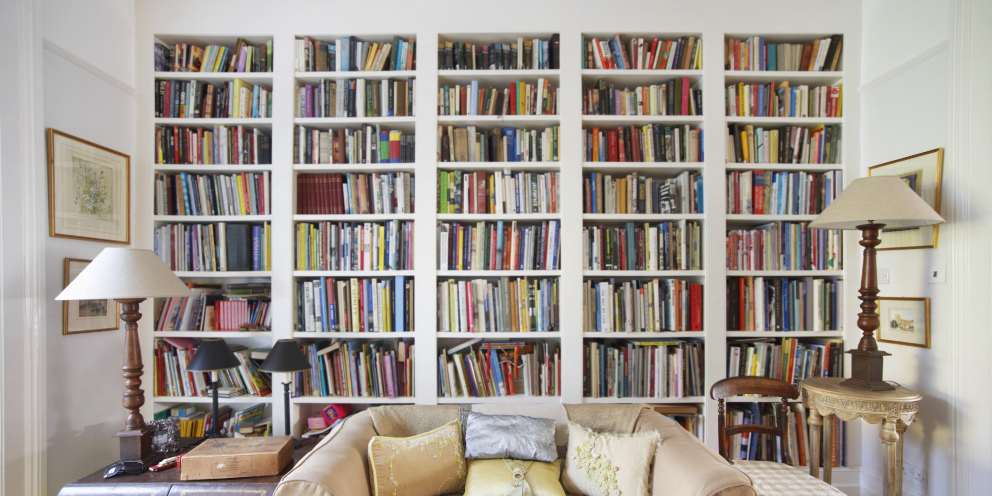 Why we love built in bookshelves huffpost for Living room built ins ideas