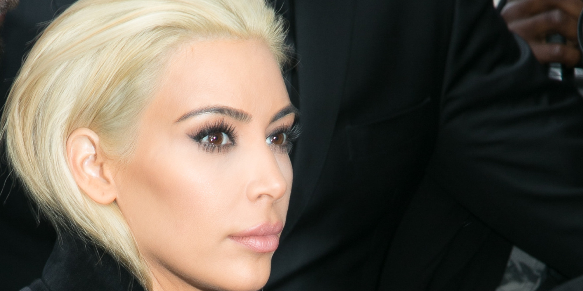 How To Go Platinum Blonde According Kim Kardashian S Colorist Huffpost