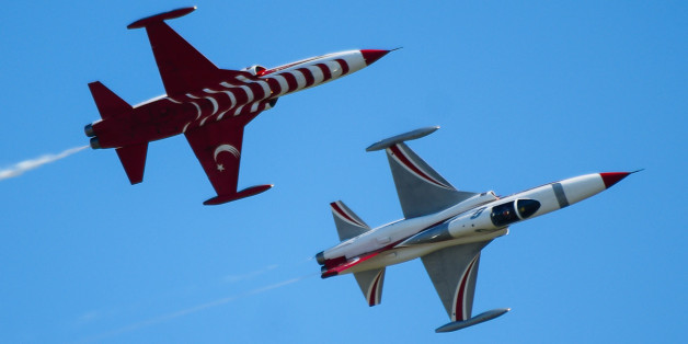 Turkish Air Force aerobatic team, operating NF-5s at ILA2012.