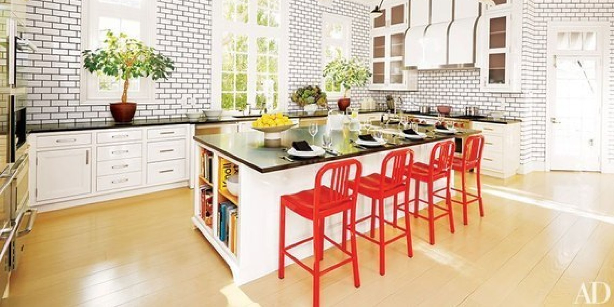 Wel e Spring With These 10 Colorful Kitchen Accents