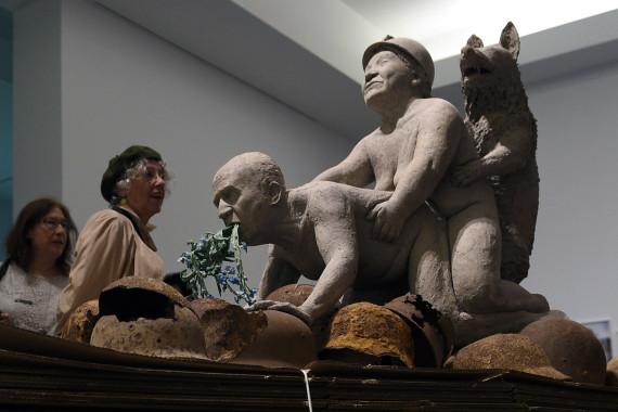 sculpture juan carlos