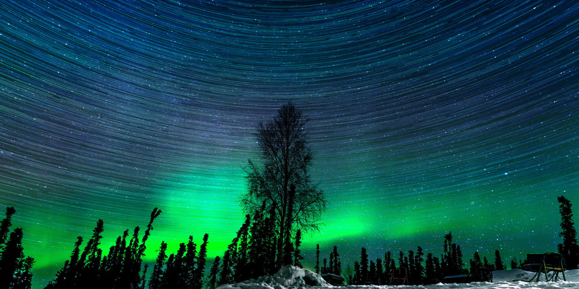 Hypnotic Northern Lights Time Lapse Captured Over 2 Magical Nights