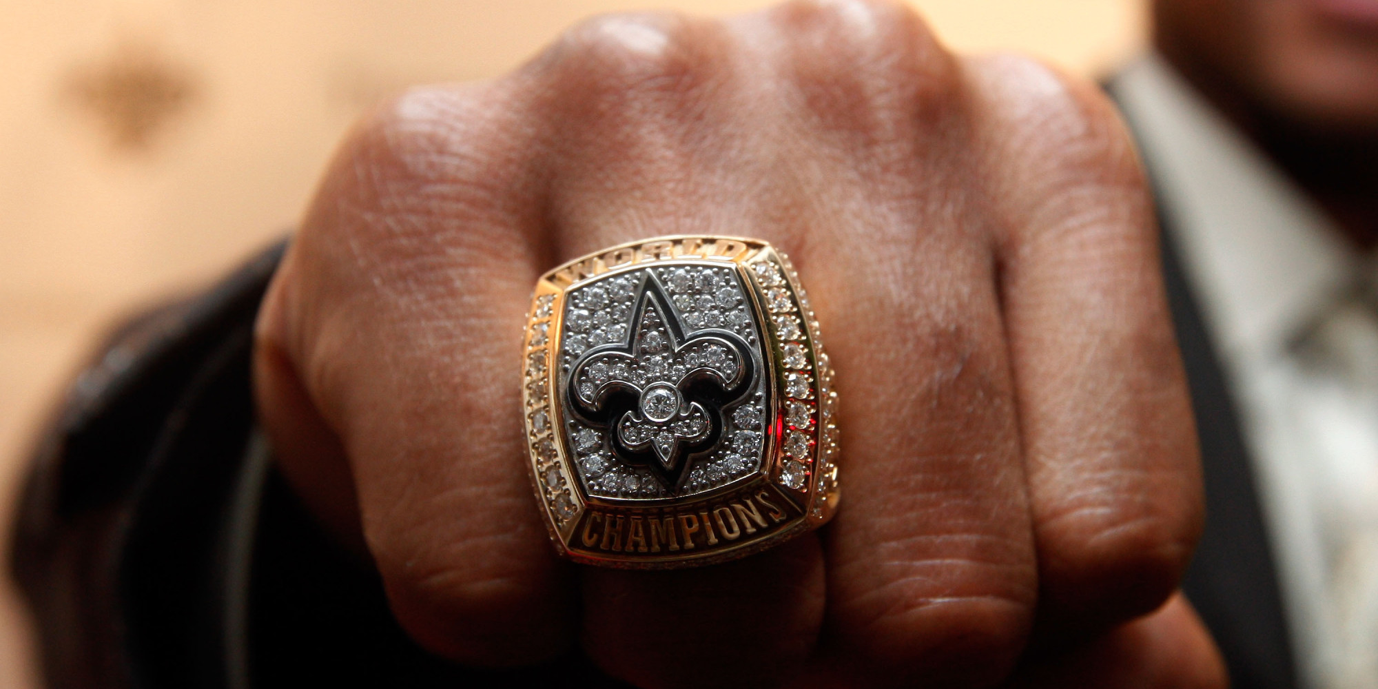 Here\'s How To Buy A Super Bowl Ring On Craigslist, According To An ...