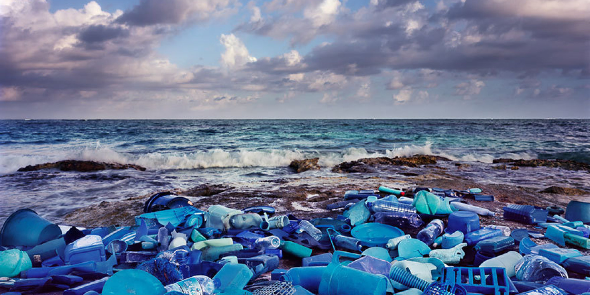 a discussion about the ocean pollution and human wastes