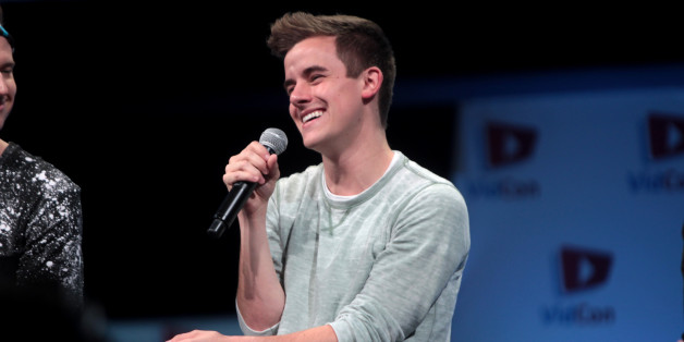 youtube star connor franta talks new memoir  dealing with