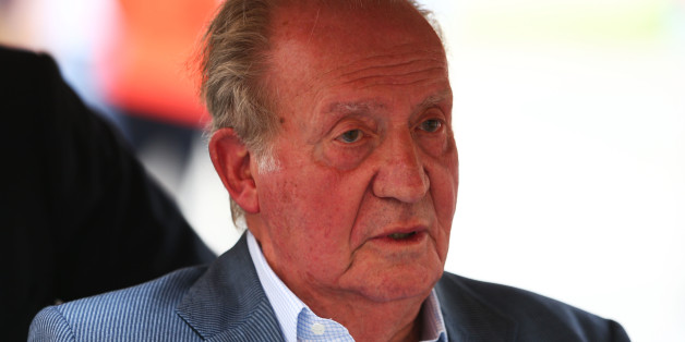BAHRAIN, BAHRAIN - APRIL 17:  King Juan Carlos of Spain visits the paddock during practice for the Bahrain Formula One Grand Prix at Bahrain International Circuit on April 17, 2015 in Bahrain, Bahrain.  (Photo by Clive Mason/Getty Images)