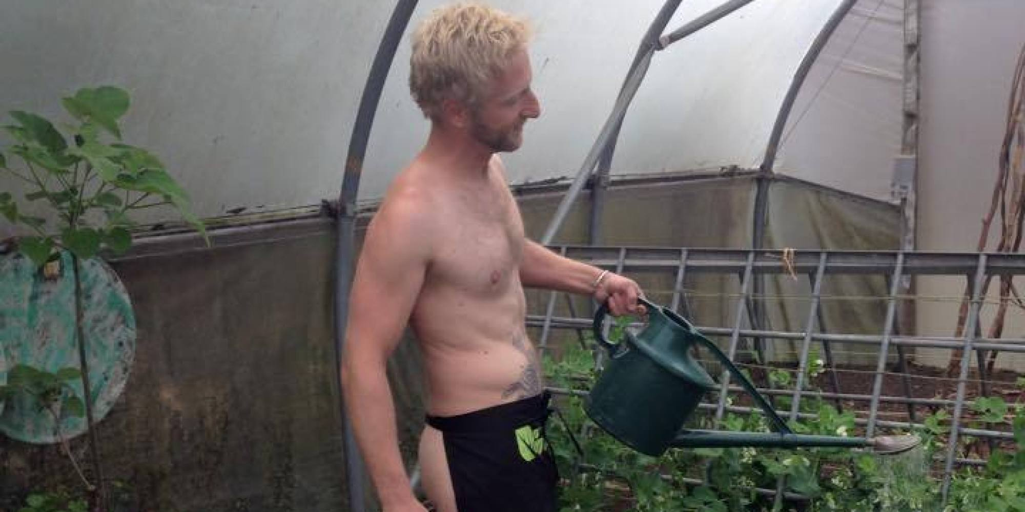 Five Reasons to Get Naked in Your Garden » HG