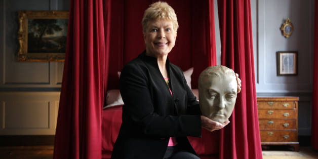 LONDON, ENGLAND - APRIL 07:  Ruth Rendell, crime novelist and patron of the Handel House Museum, holds a life mask of George Frideric Handel, in the room where the composer died 250 years ago, on April 7, 2009 in London, England. The mask of Handel, by Roubiliac and dating from the 1740s, is being used to promote the Handel House Museum's marking of his death on April 14, 1759. During his life Handel lived for 36 years in the Georgian building on Brook Street, London which now houses a museum in his honor.  (Photo by Oli Scarff/Getty Images)