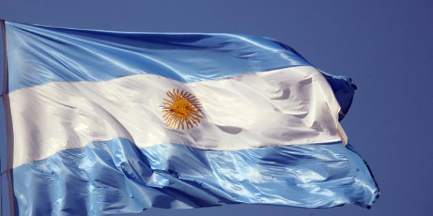 bandera, argentina, simbolo, patrio, flameando, viento, freejpg.com.ar