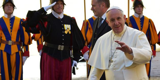 Le pape François reçoit pour la première fois Raul Castro