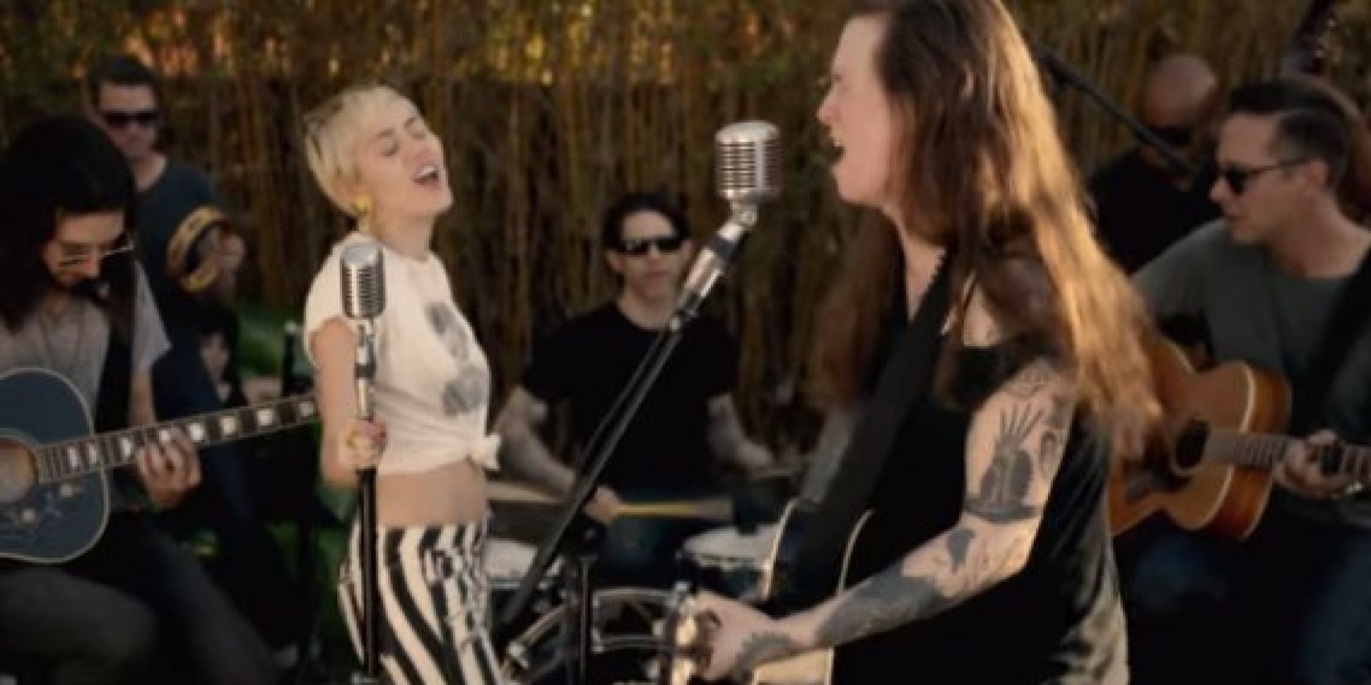 miley cyrus joins laura jane grace for moving version of u0027true