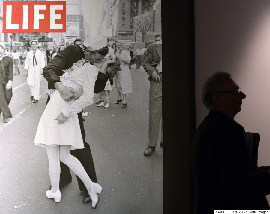 vj day on times square