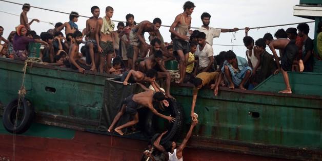 Migrants en Asie du Sud-Est: bateaux refoulés, passeurs arrêtés... les gouvernements emploient la manière forte