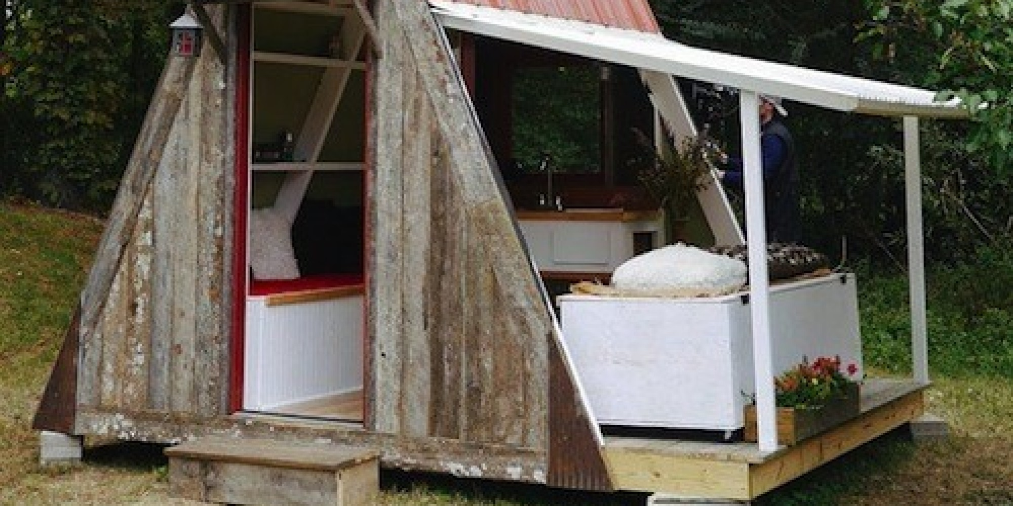 U0027Damn Simpleu0027 Tiny House Costs Just $1,200 To Build Yourself | HuffPost