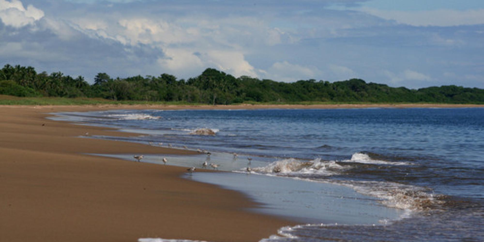 Retire To Small Town Beach Life On Panama S Beautiful