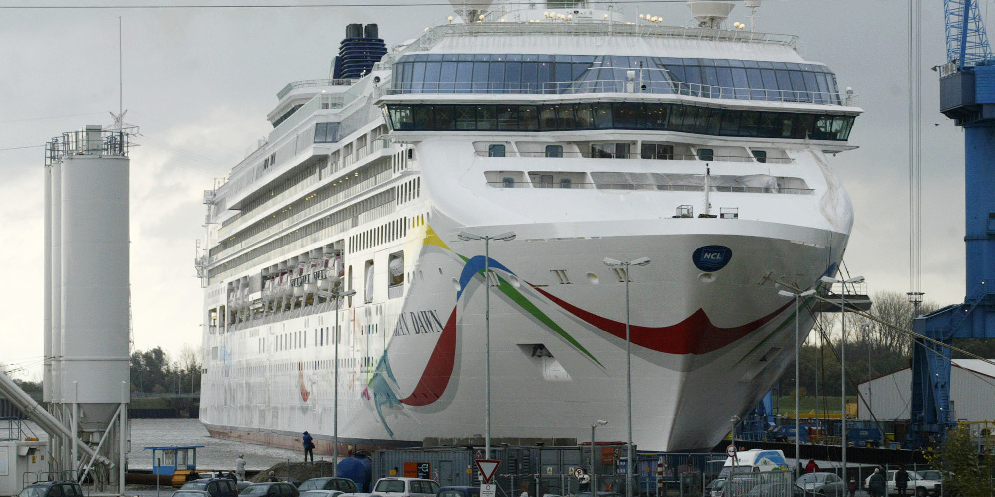 Norwegian Dawn Cruise Ship Runs Aground After Leaving Bermuda Update Huffpost