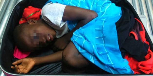 Le père de l'enfant retrouvé caché dans une valise à Sebta bientôt devant la justice