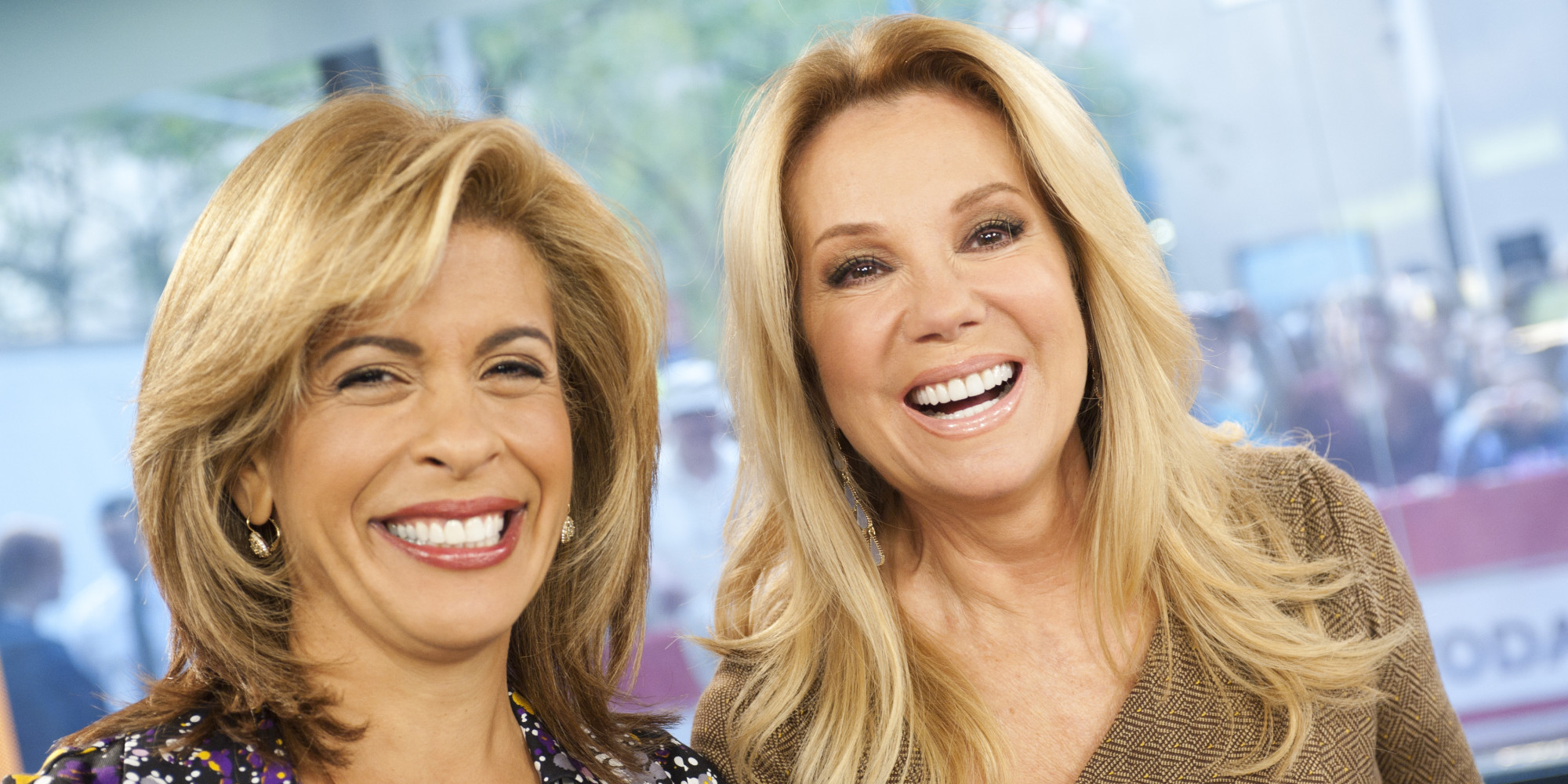 kathie lee gifford and hoda giveaway moms stage nurse in at the today show after hoda kotb s 1292
