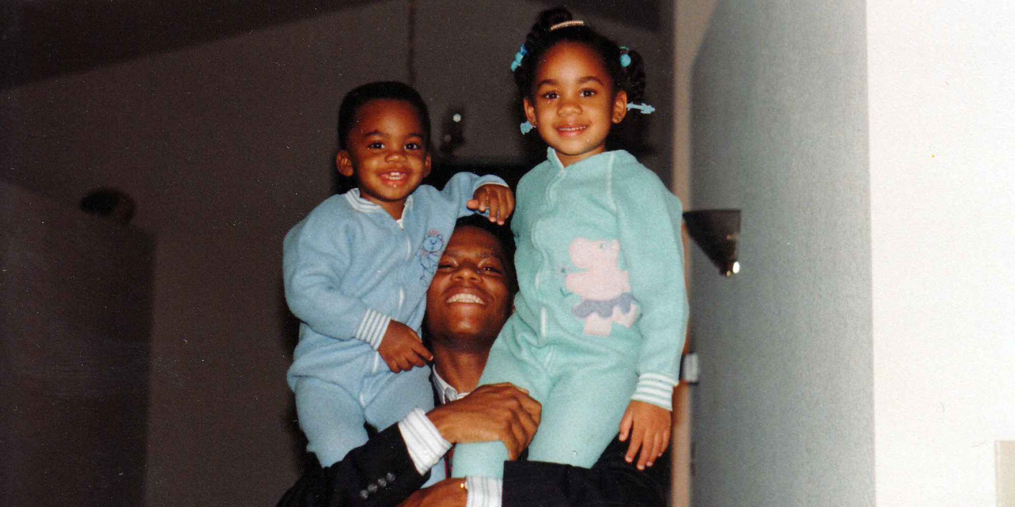 The Moment That Prompted Dl Hughley To Make A Life Changing Promise His Daughter Huffpost