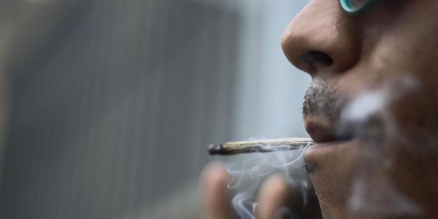 """""""Konsum legal - Besitz verboten"""": Warum das Cannabis-Gesetz absolut absurd ist"""