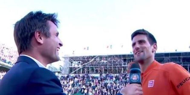 VIDÉO. Novak Djokovic chambre Fabrice Santoro devant tout le public du court Philippe-Chatrier