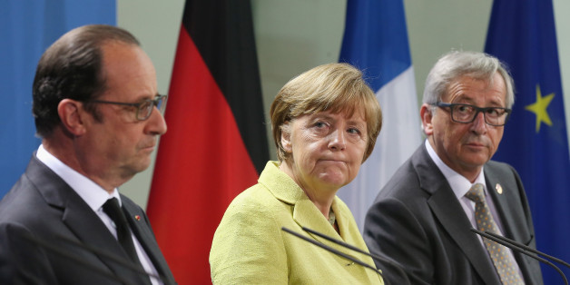 BERLIN, GERMANY - JUNE 01:  German Chancellor Angela Merkel, French President Francois Hollande (L) and European Union Commission President Jean-Claude Juncker give statements to the media prior to talks at the Chancellery on June 1, 2015 in Berlin, Germany. The three leaders are meeting to discuss European digital initiatives as well as the ongoing Greek financial crisis that has become more urgent as a possible bankruptcy by Greece is looming.  (Photo by Sean Gallup/Getty Images)