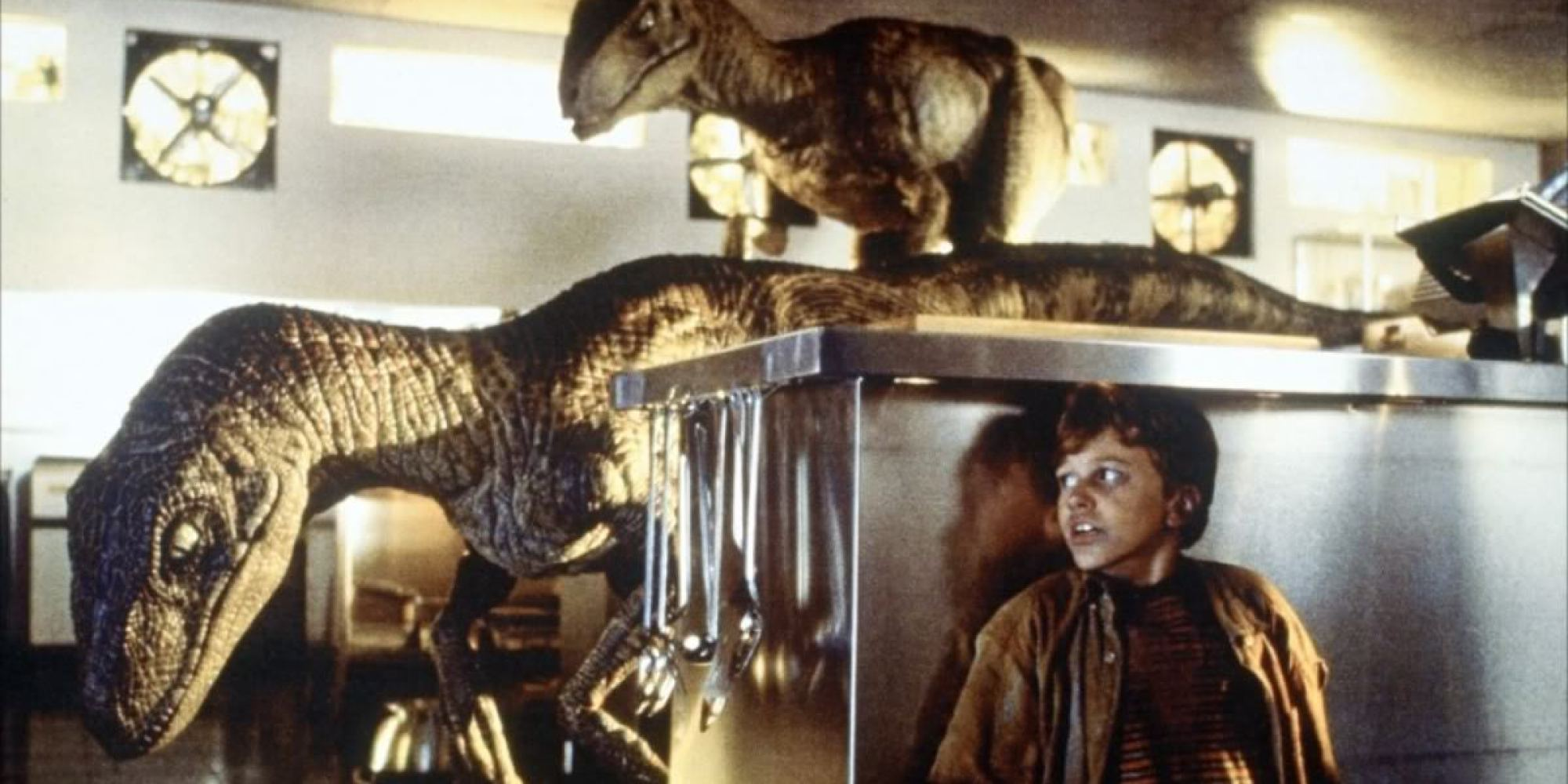 'Jurassic Park' Has One Huge Plot Hole You Might've Missed ...
